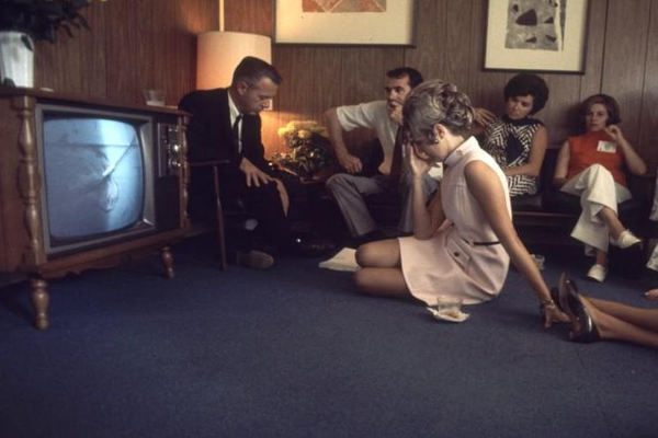 watching tv in the 1990s